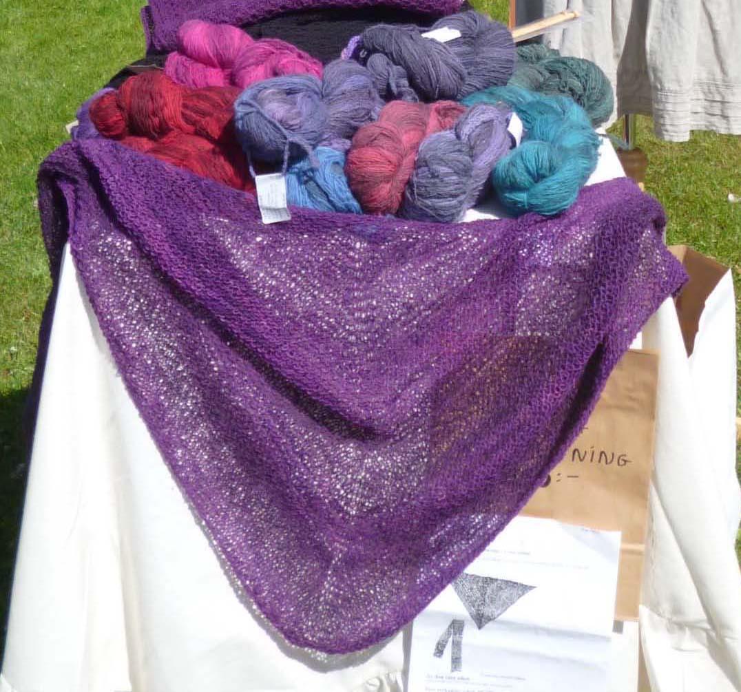 Yarn and knitted shawl
