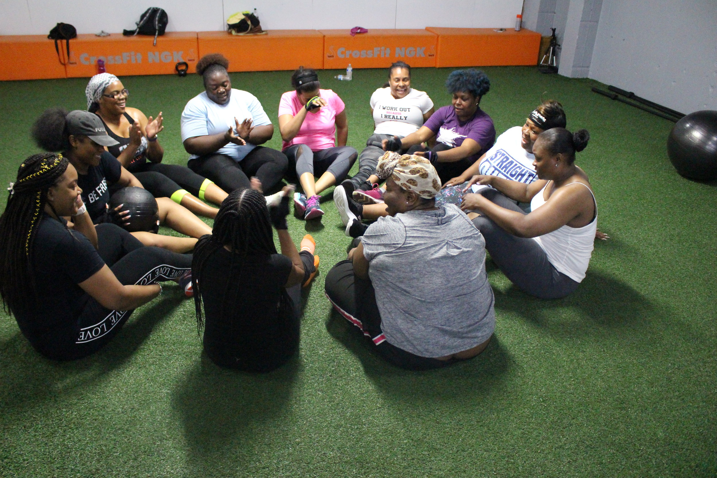 Small Group Training - Group sessions are fun and allow you to compete against other participants and motivate each other while still getting individual attention to help your goals.