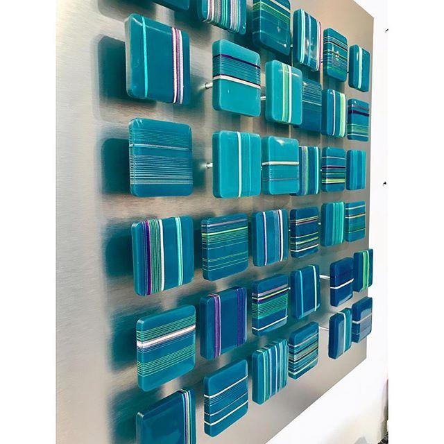 Line Dance in Verdant Violet. Encaustic, thread, & aluminum screw posts on aluminum panel. . . . . . #encausticpainting #encausticart #mixedmedia #contemporaryart #curator #artistsoninstagram #minimalism #lineart #ashevilleartist #abstractart #colorplay #colorstudy #linedrawing #interiordesign #grid