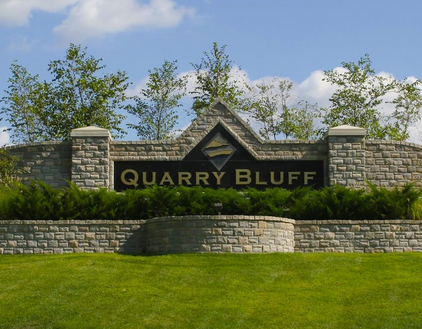 QUARRY BLUFF ESTATES -