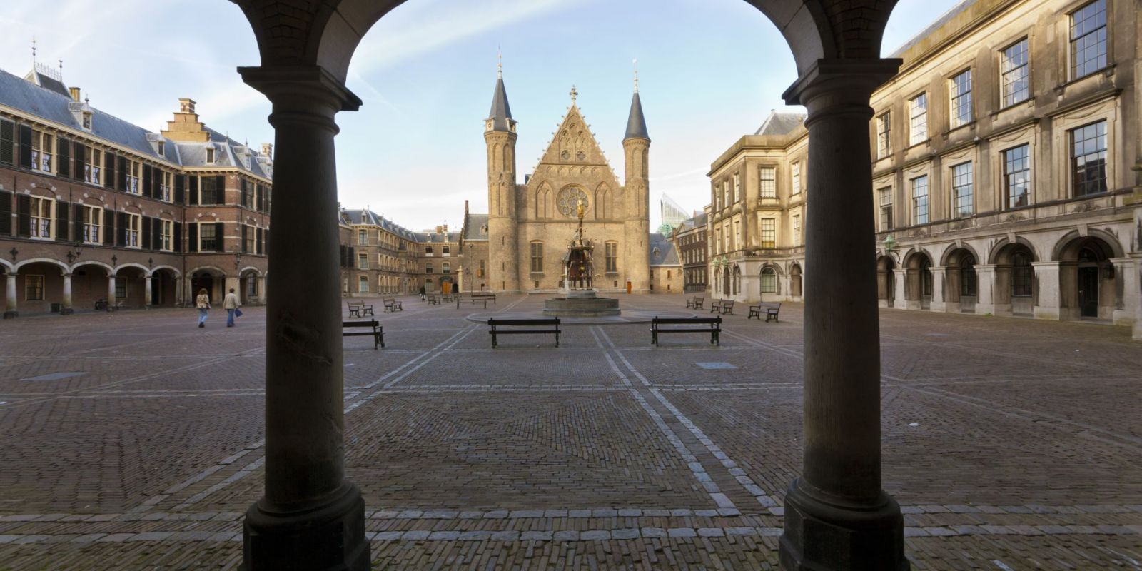 binnenhof-knights-hall.jpg