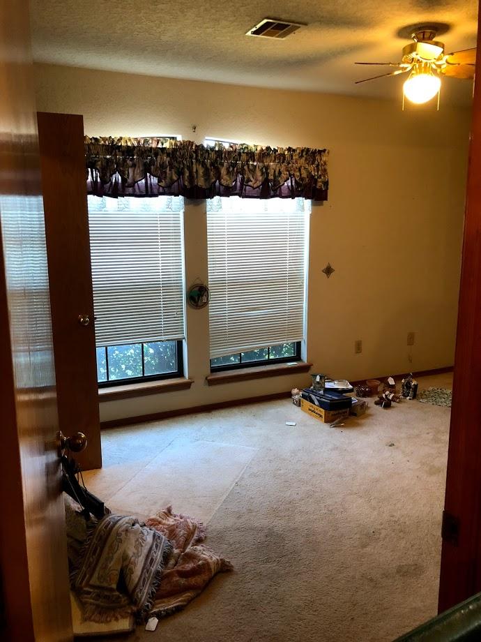 before bedroom1..jpg