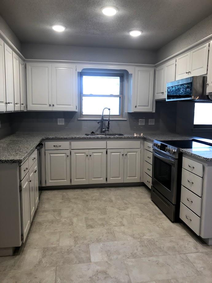kitchen.after.jpg