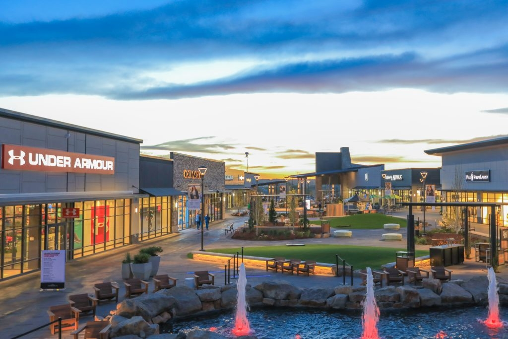 Denver Premium Outlets - DRG leased the site's only sit-down restaurant space on the 328,000 square foot outlet center in Thornton, CO.