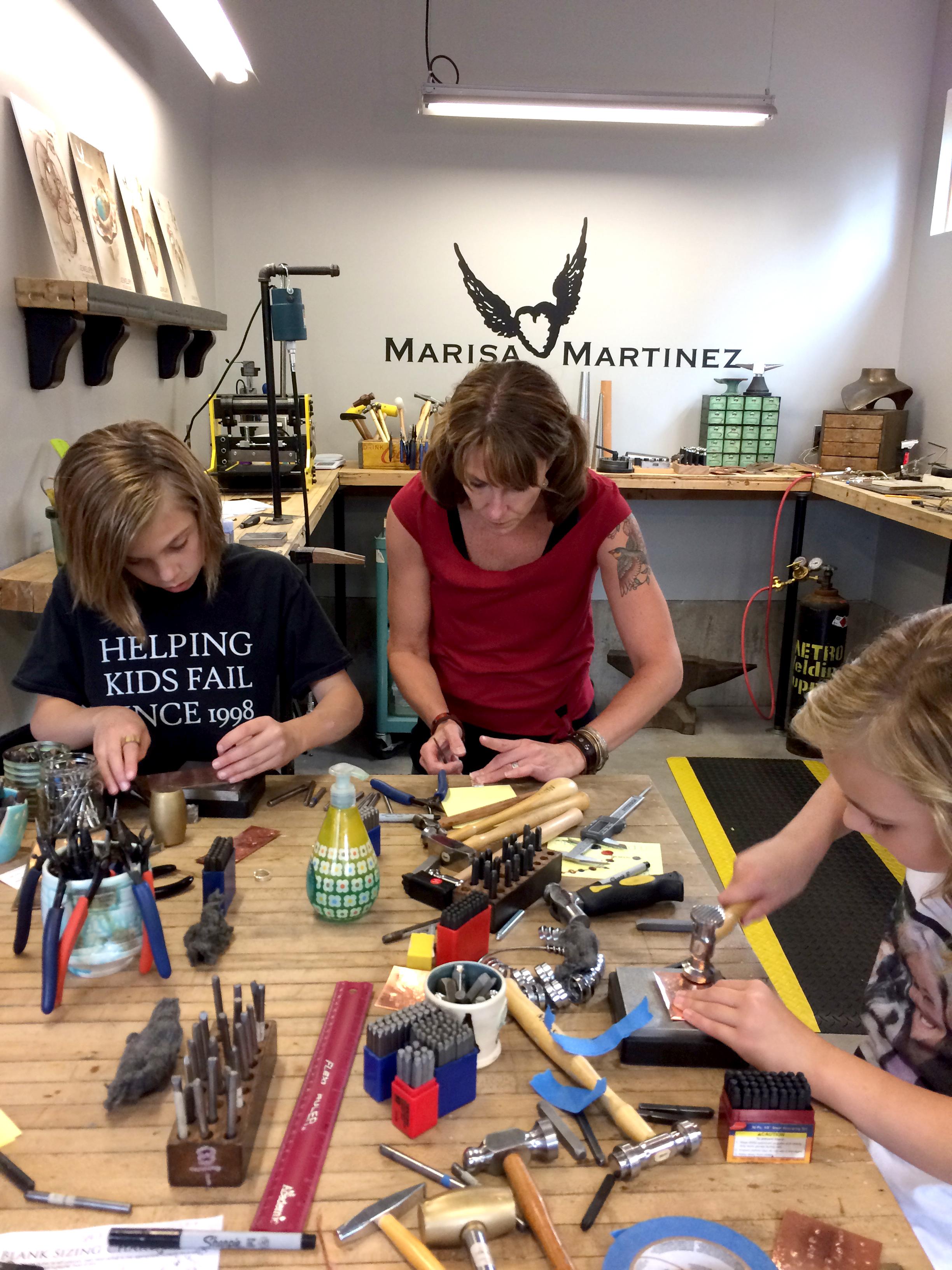 jewelry-workshop-family.jpg