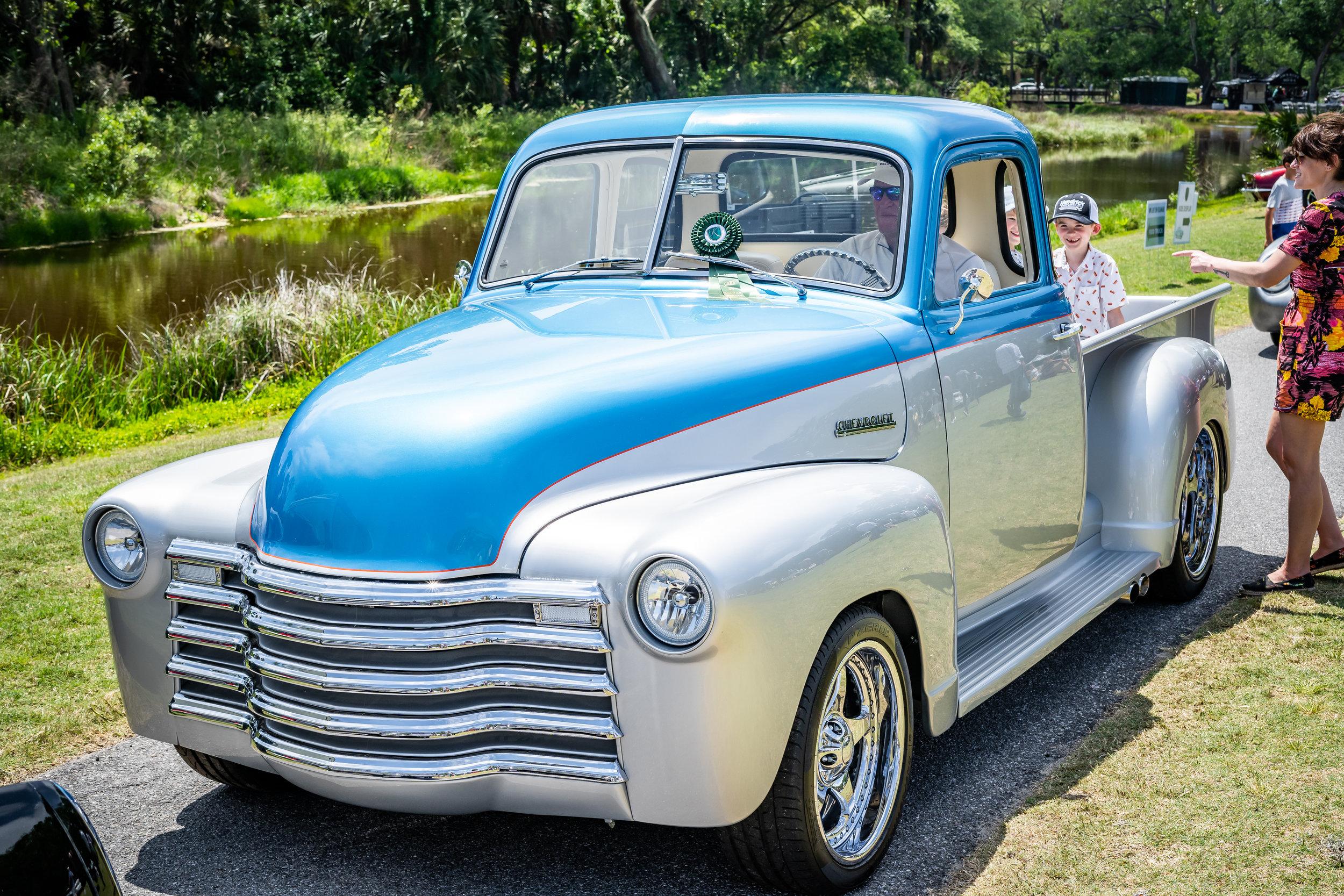 Tom Crawford (Emcee) Award - Gary Lawson's '51 Chevy 3100 Pickup