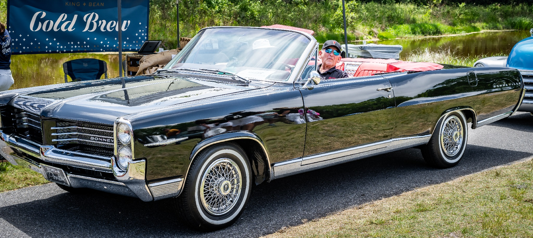 Class Award American - Michael Sudzina's '64 Pontiac Bonneville