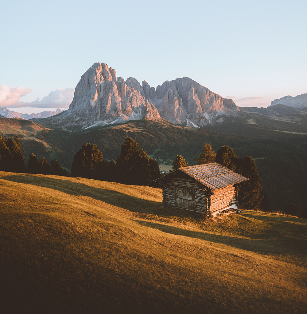 The must see places in the DOLOMITES - When traveling to a new destination for most people it is hard to find the perfect places to visit. Here is a article about the classic spots in the Dolomites