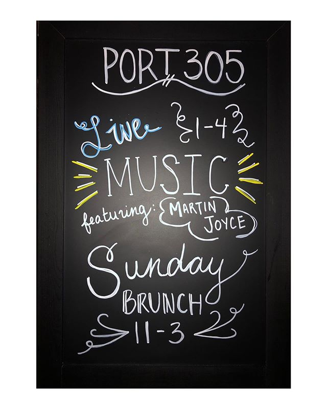 Join us for an Acoustic Brunch this Sunday 11-3 🎶🍳