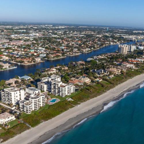 Coast Living Magazine -Dream Town: Delray Beach, Florida -