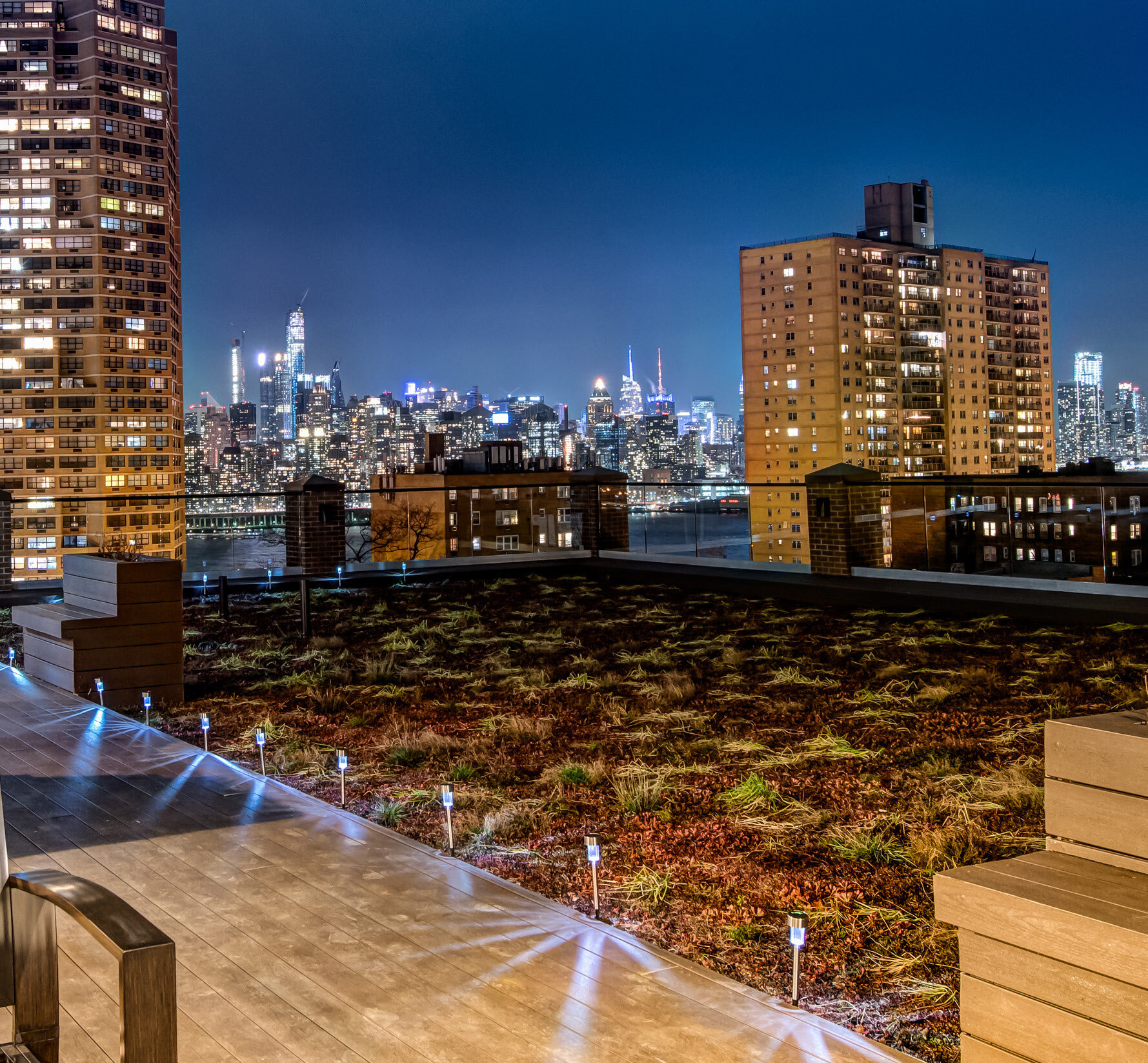 Green Roof Condominium