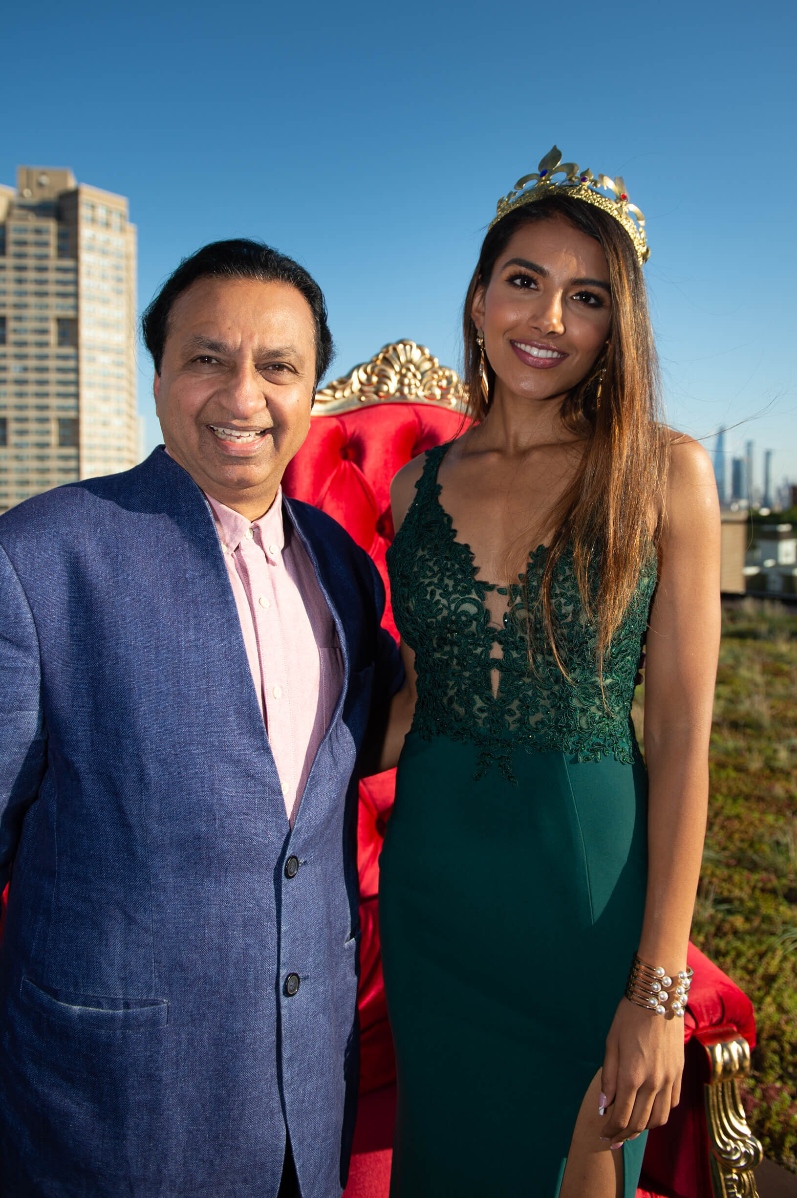 A fabulous evening celebrating the Grand Opening of Green Roof Condominium. Thank you for taking time from your busy schedule to join NRIA for Green Roof's grand opening celebration. As a valued friend and investor, it was such an honor to share this moment with you and toast our joint success.
