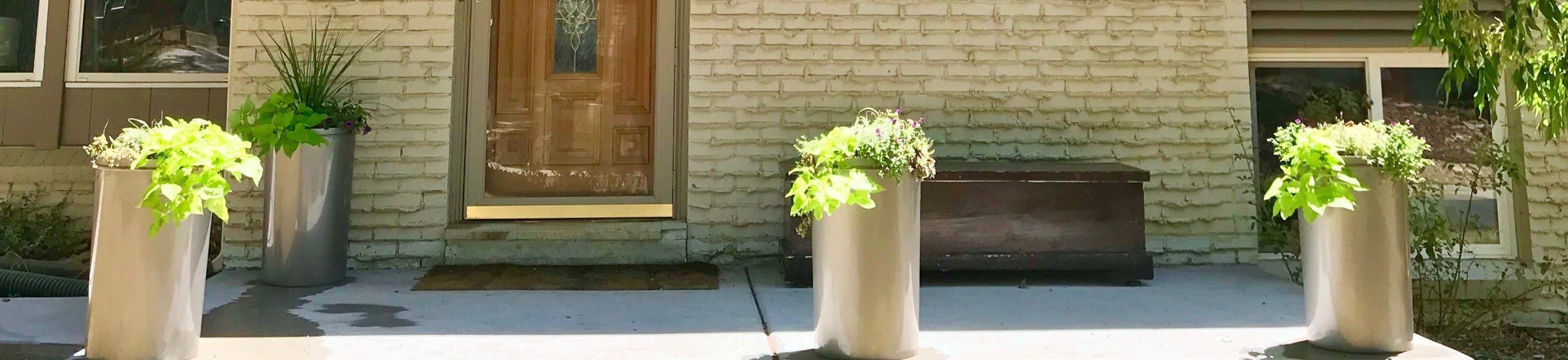 front planters.jpg