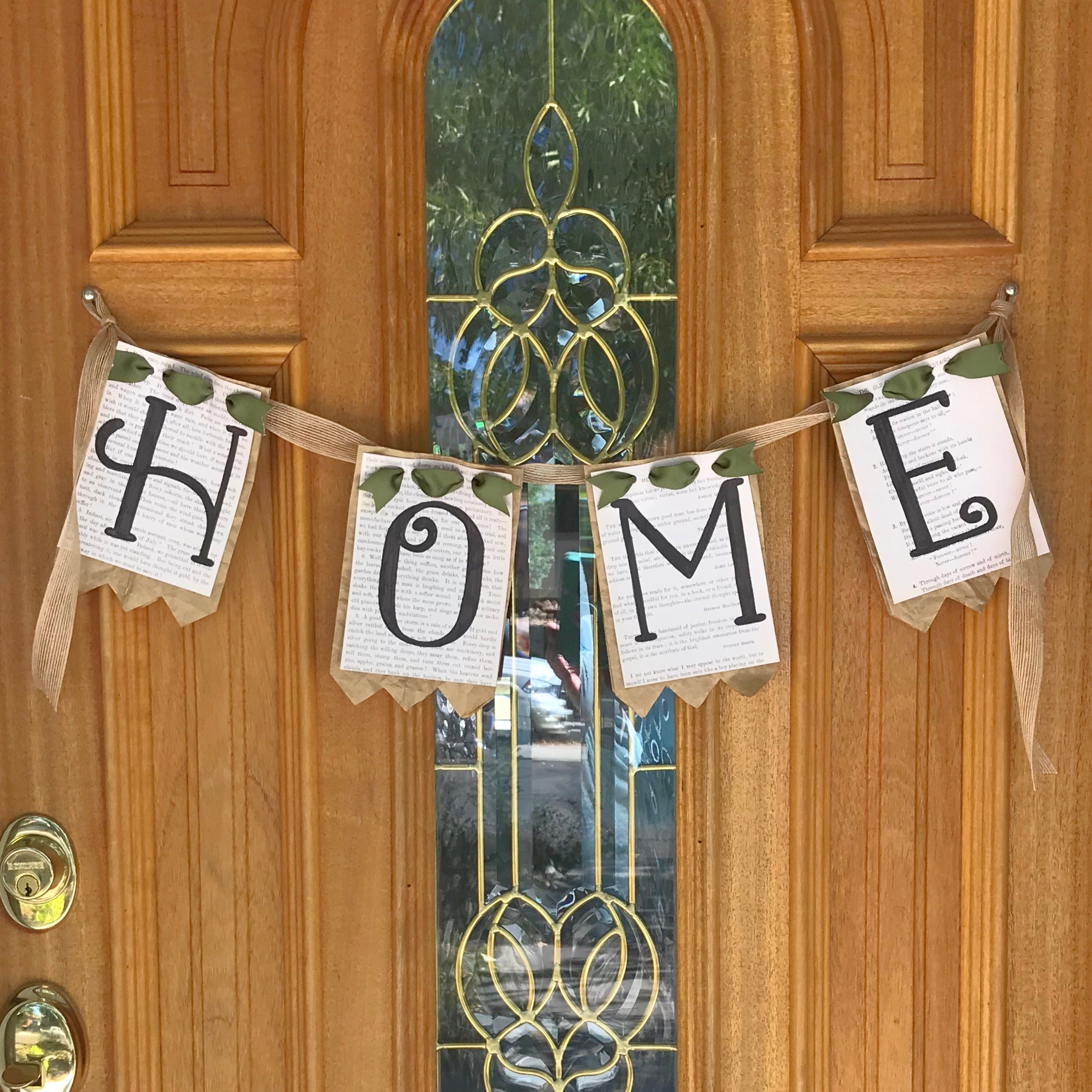 home door garland.jpg