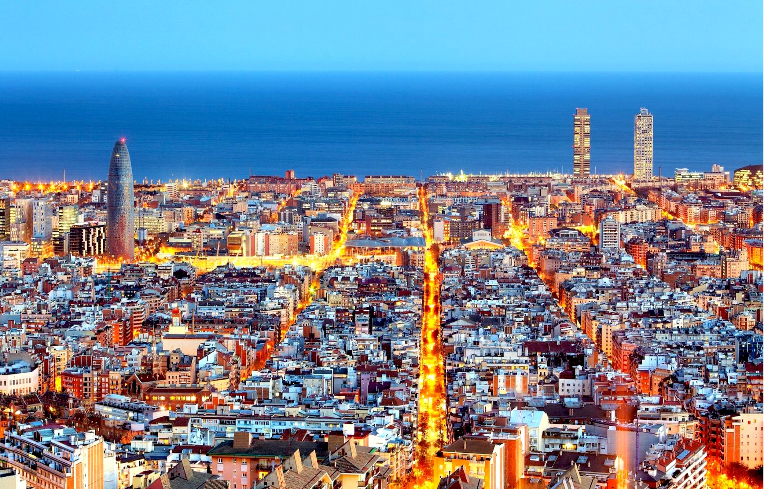 Discover barcelona - One of the most exciting cultural destinations, Barcelona is a special place for art, music and culture lovers. A city of colorful contrasts, culture, and nightlife, its spectacular architecture reflects its 2,000 years old history.