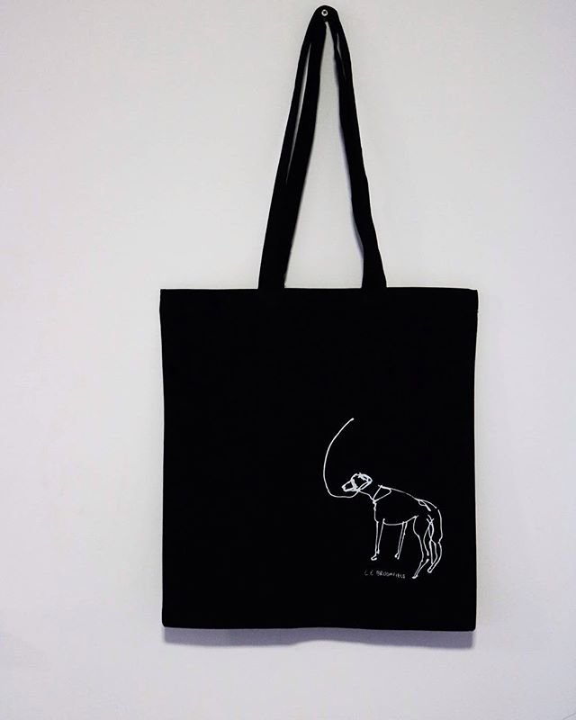 New limited edition tote bags.  Only 10 available. 100% Cotton.  Ethically printed by @miscprintco  Available on my website or if you are local to Hull then please give me a message and I will deliver for free.  Get yours for £10.  #totebag #screenprint #drawing #dog #ethicallymade #hull #lineart #linedrawing #artist