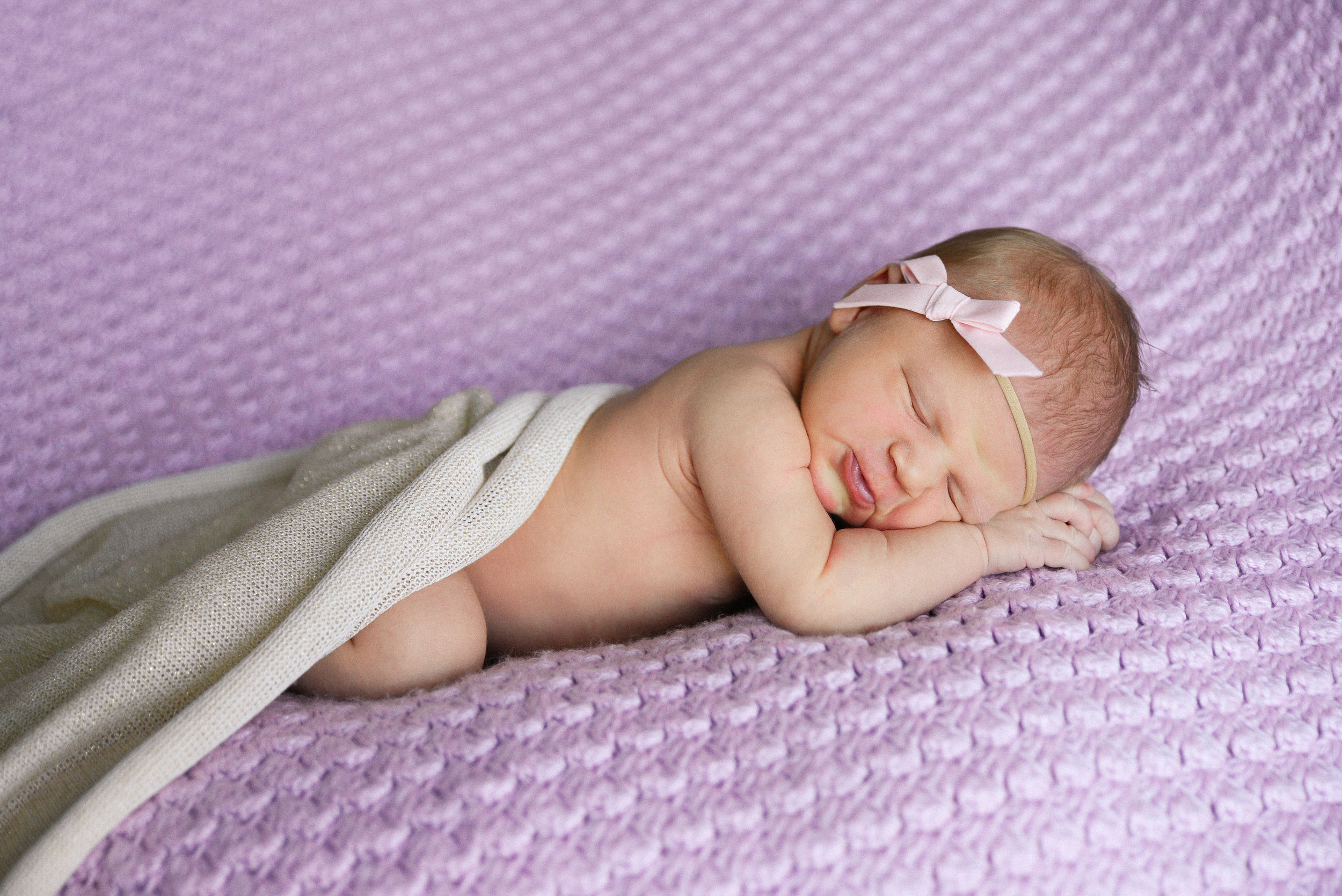 nickiegraybillphoto_parker_newborn_160.jpg