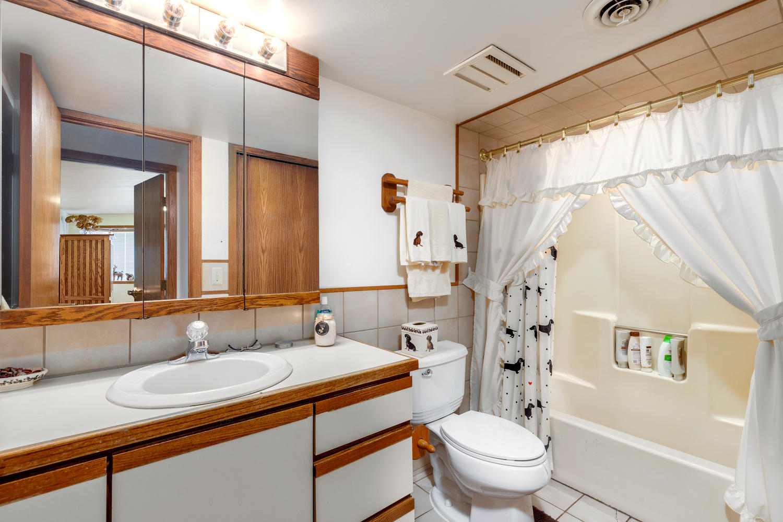 44600 Ecorse Rd Belleville MI-large-008-26-44600 Ecorse Van Buren Twp-1500x1000-72dpi.jpg