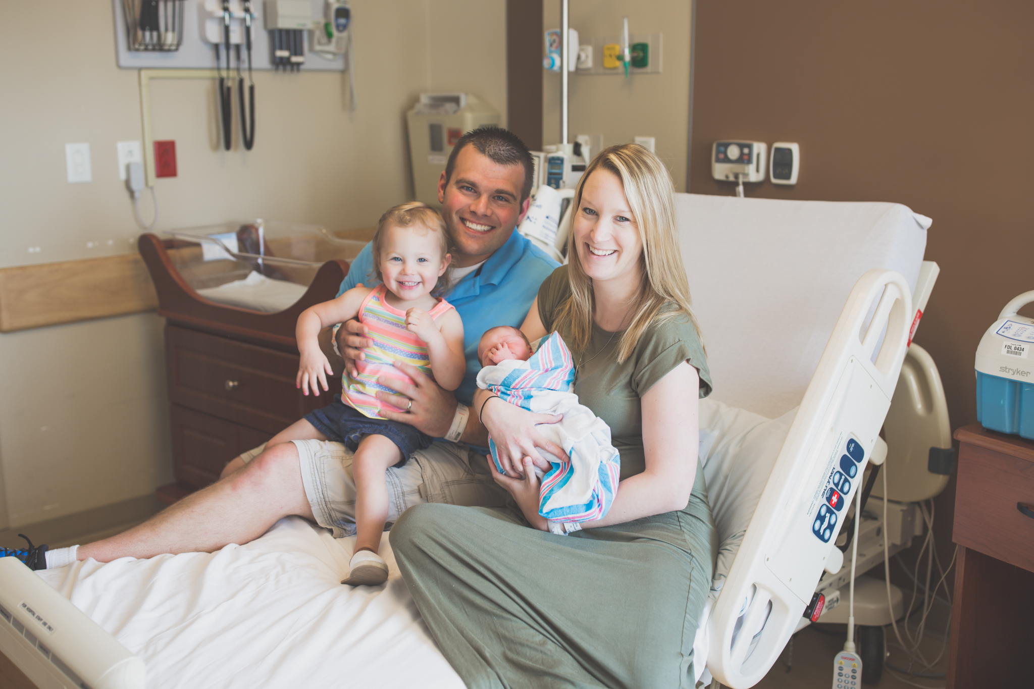 Newborn lifestyle home hospital fresh 48 studio Session Cara Peterson Photography Rockford IL-2.jpg