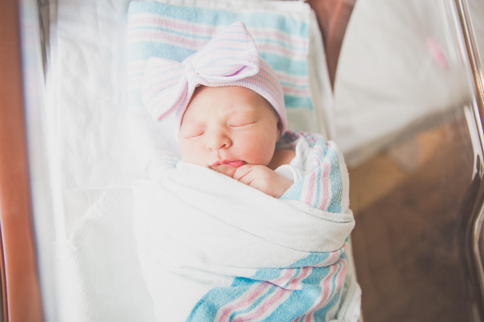 Newborn lifestyle hospital maternity studio Session Cara Peterson Photography Rockford IL-3-2.jpg