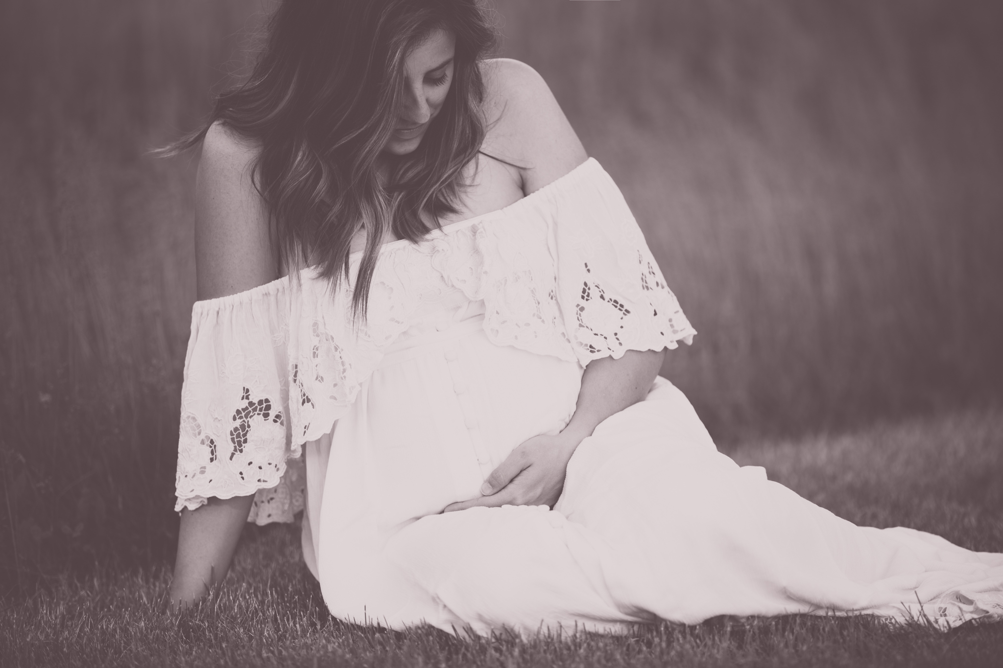 Maternity outdoors Studio Session Cara Peterson Photography Rockford IL-1.jpg