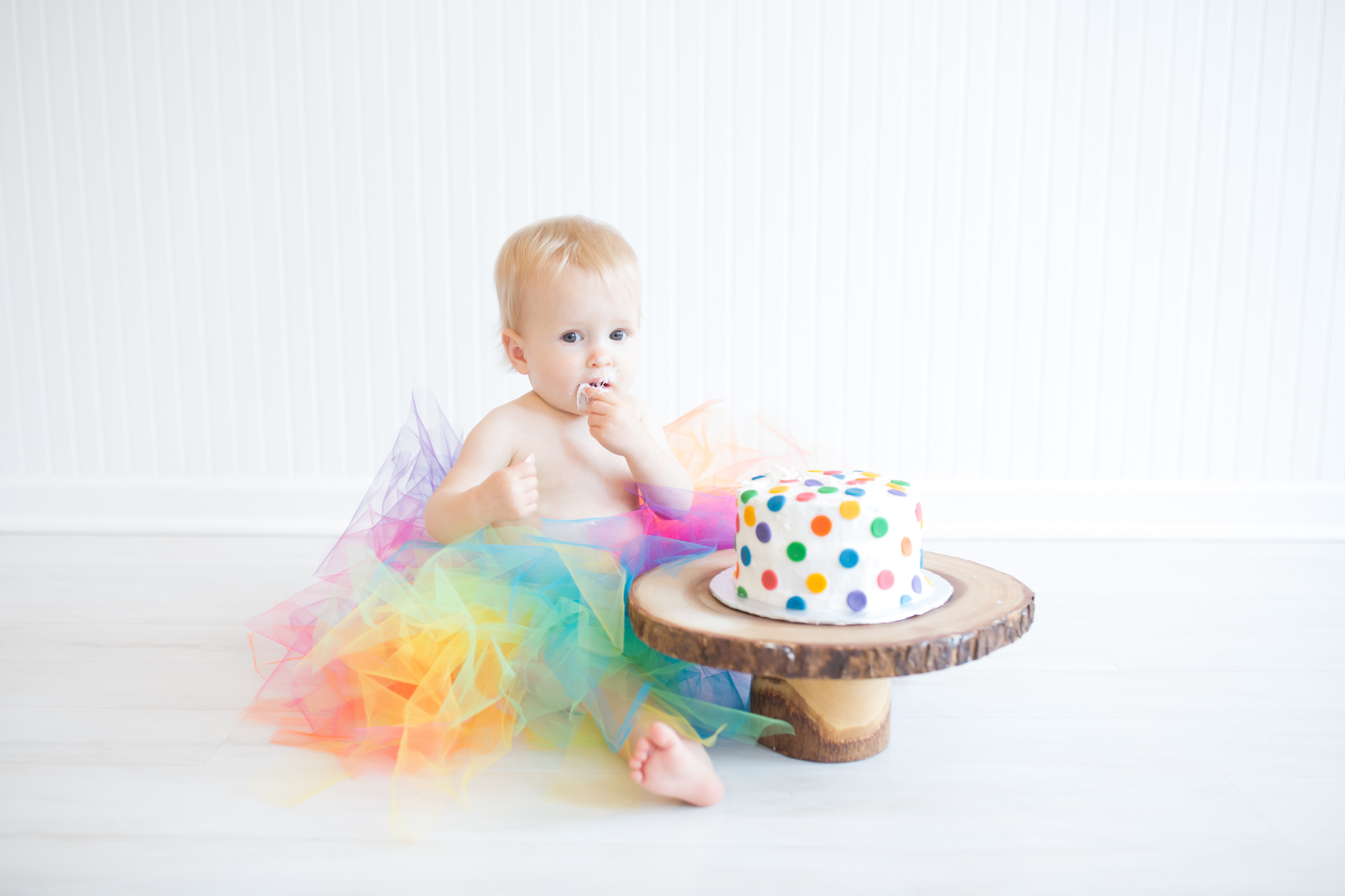 Milestone cake smash Newborn Studio Session | Cara Peterson Photography Rockford IL-9.jpg