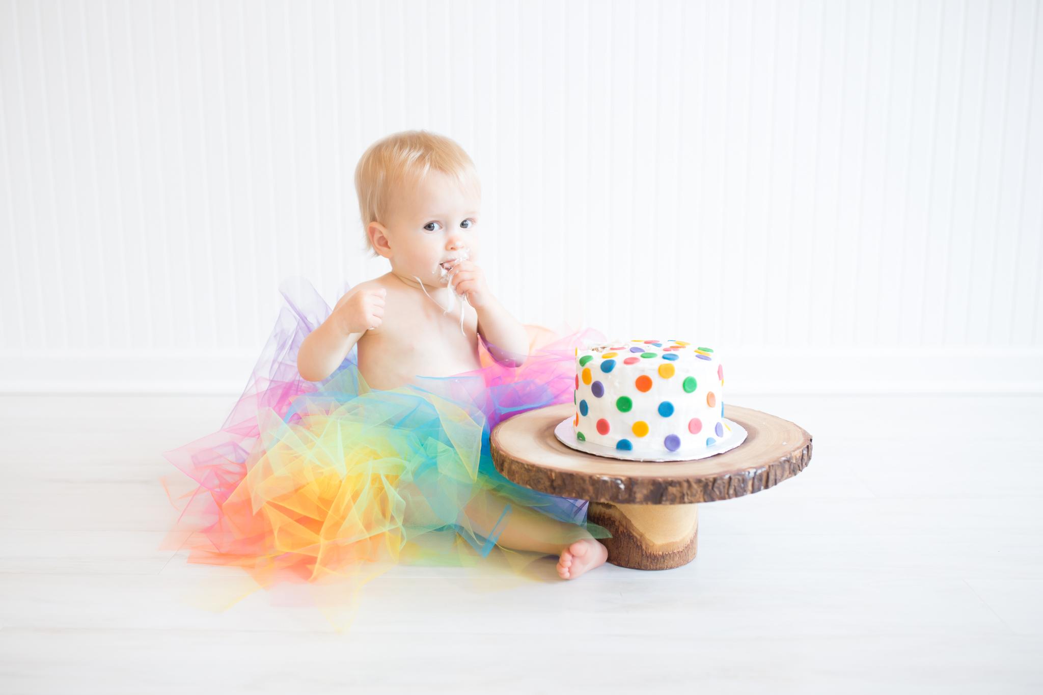 Milestone cake smash Newborn Studio Session | Cara Peterson Photography Rockford IL-11.jpg
