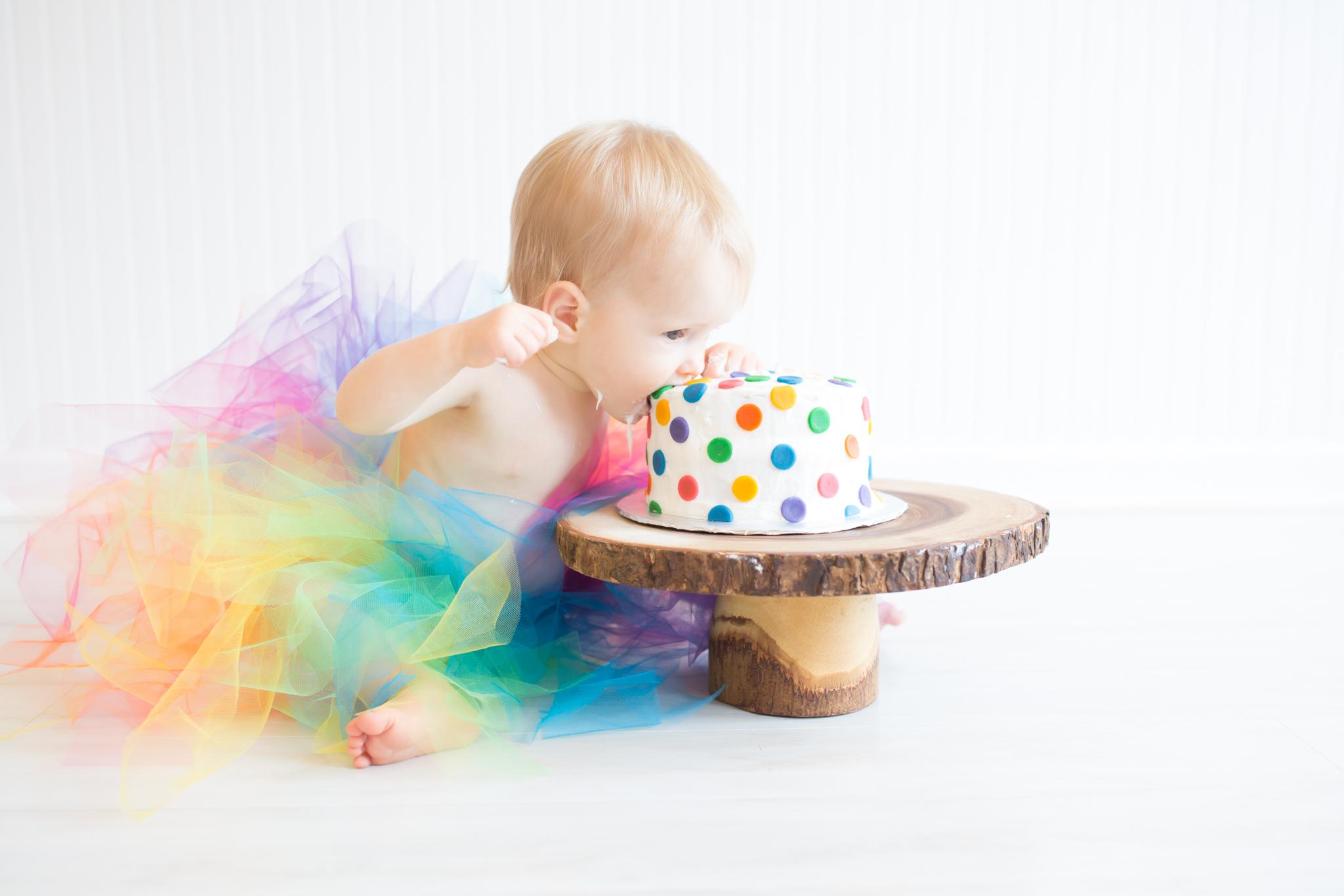 Milestone cake smash Newborn Studio Session | Cara Peterson Photography Rockford IL-12.jpg