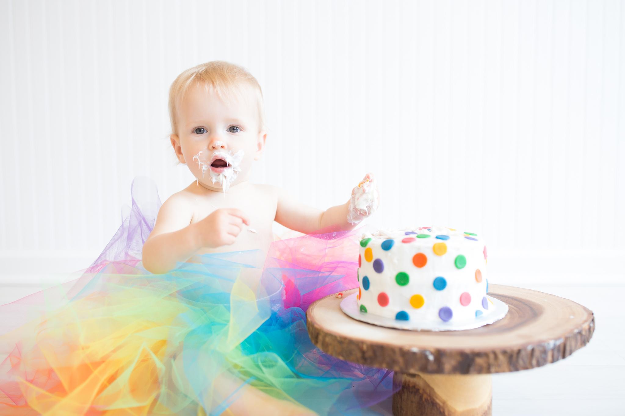 Milestone cake smash Newborn Studio Session | Cara Peterson Photography Rockford IL-14.jpg
