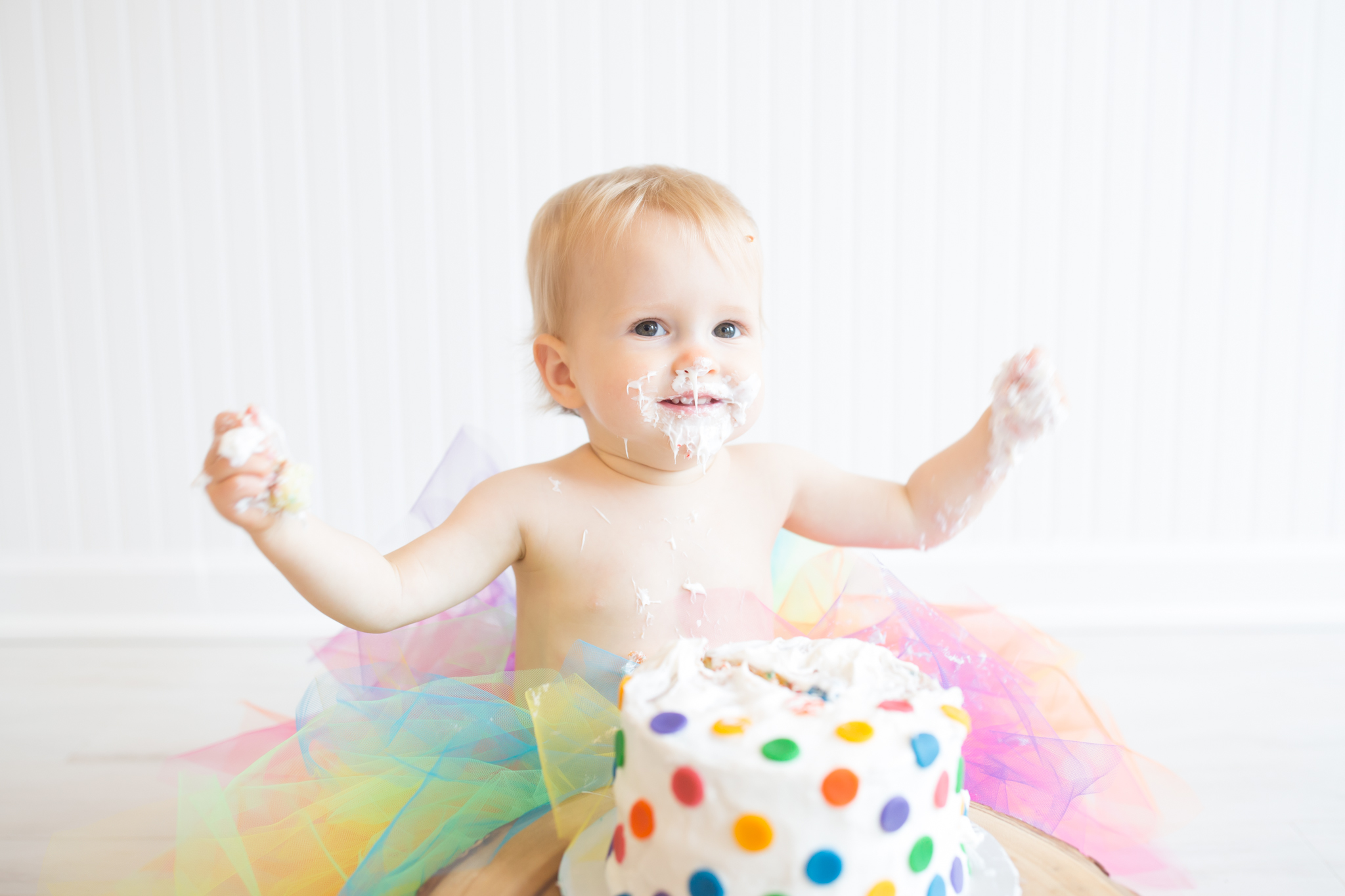Milestone cake smash Newborn Studio Session | Cara Peterson Photography Rockford IL-15.jpg