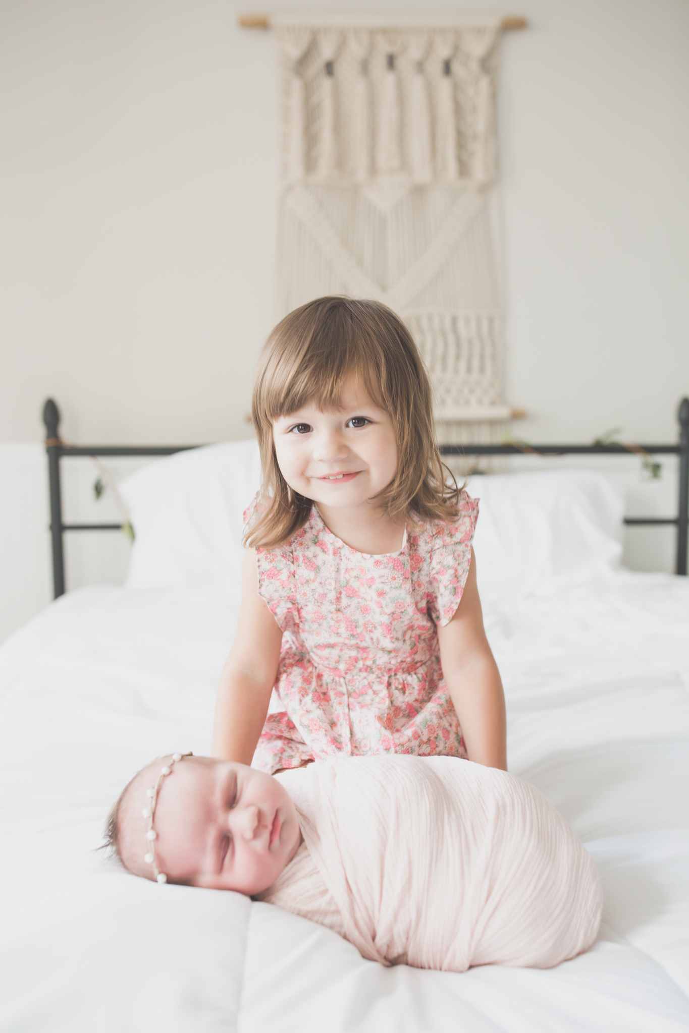 Sibling photos Newborn session photographer lifestyle studio - Cara Peterson Photography Rockford IL-3-14.jpg