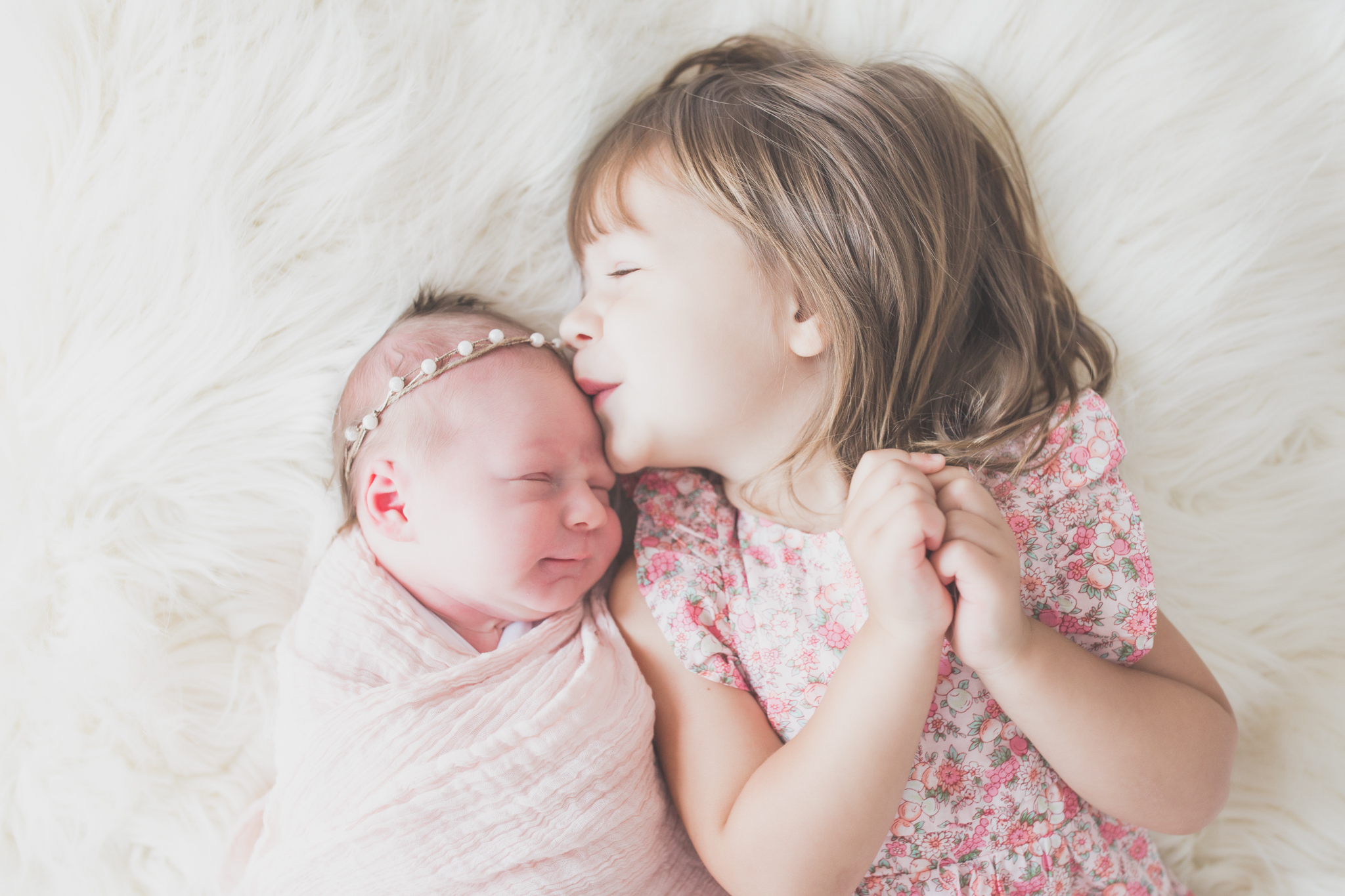 Sibling photos Newborn session photographer lifestyle studio - Cara Peterson Photography Rockford IL-7-5.jpg