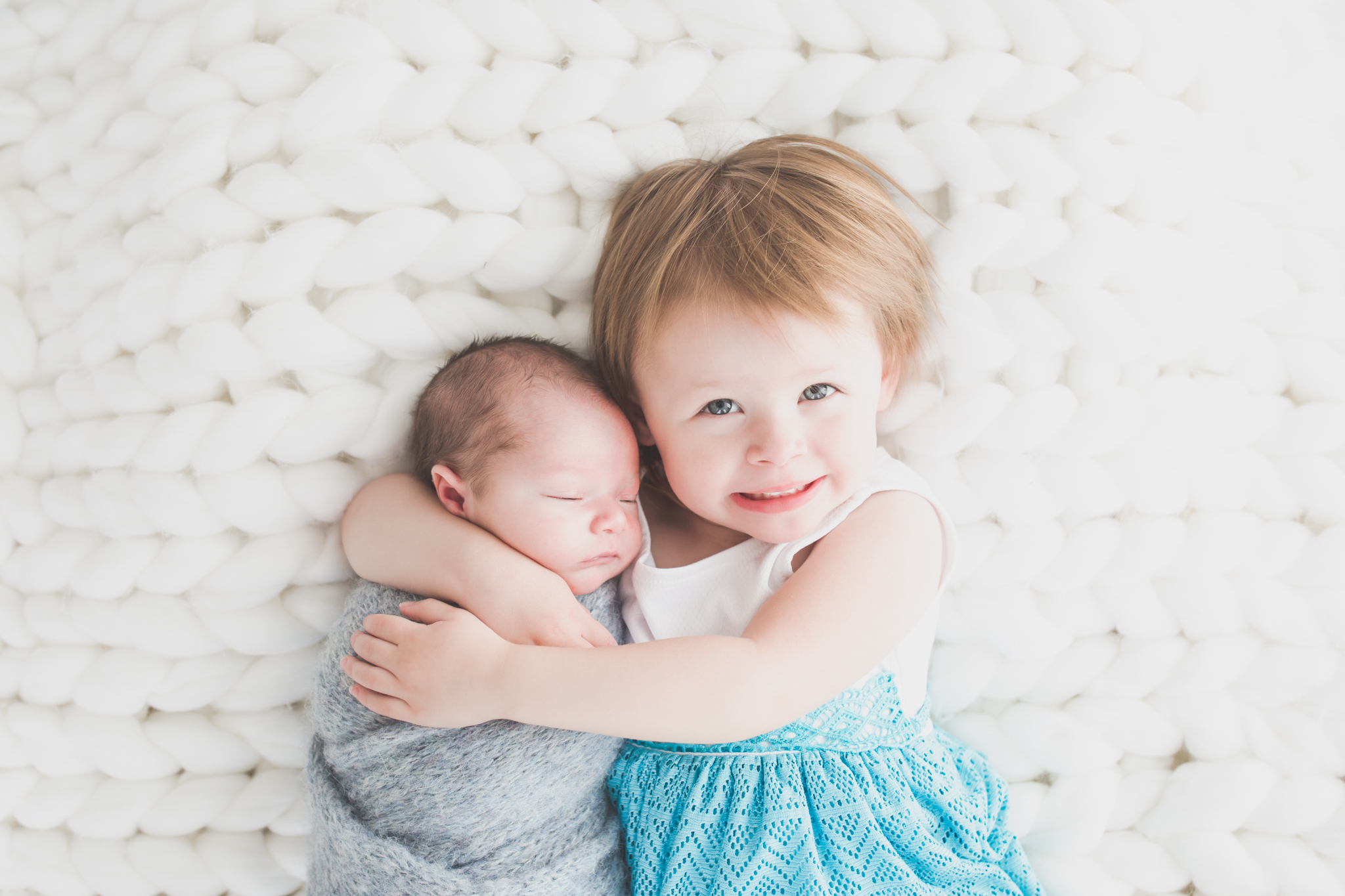Sibling photos Newborn session photographer lifestyle studio - Cara Peterson Photography Rockford IL-7.jpg