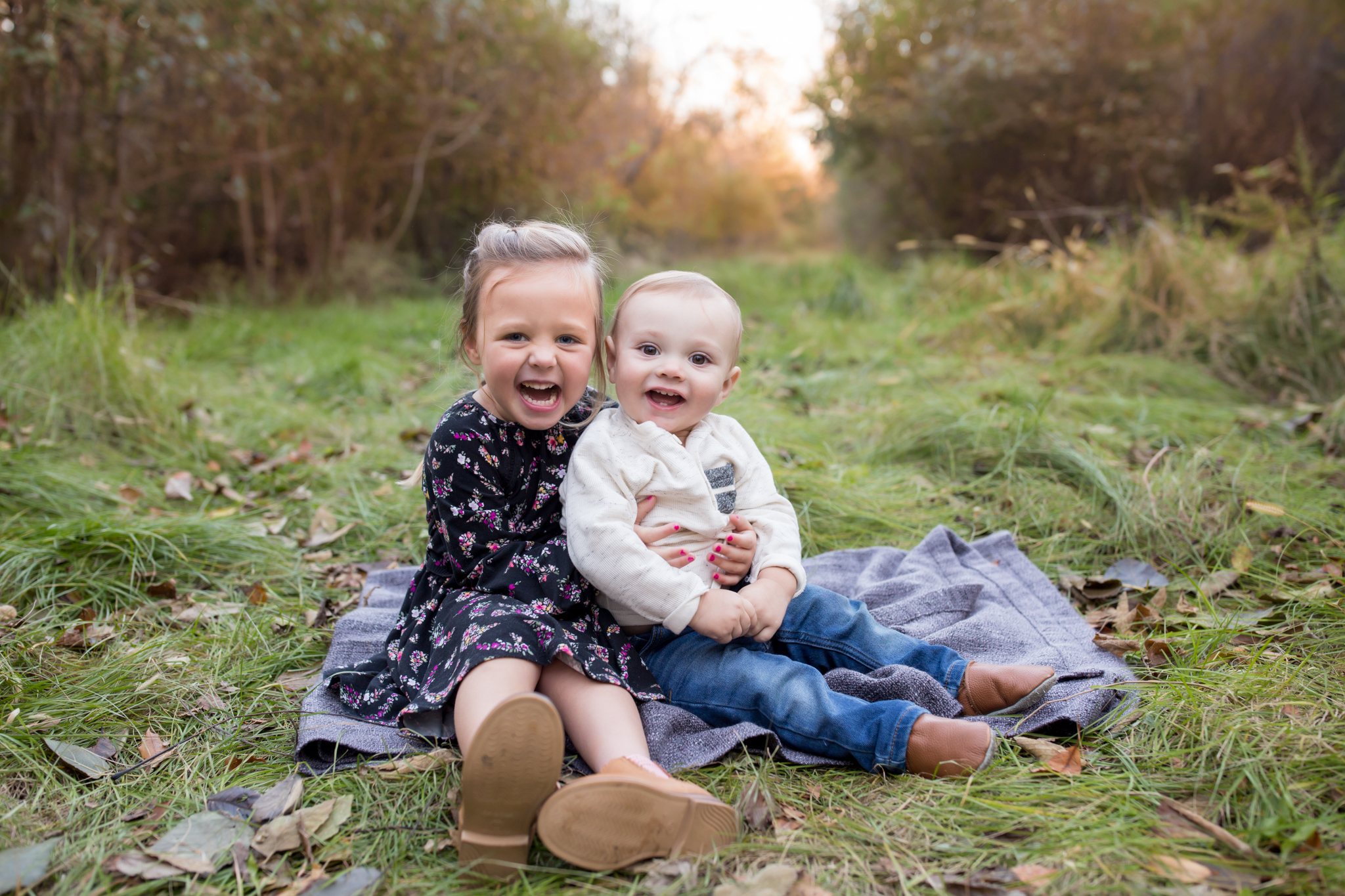 Hailey Family Fall Session, 2 kinds, family poses with young kids, Cara Peterson Photography Rockford IL-12.jpg