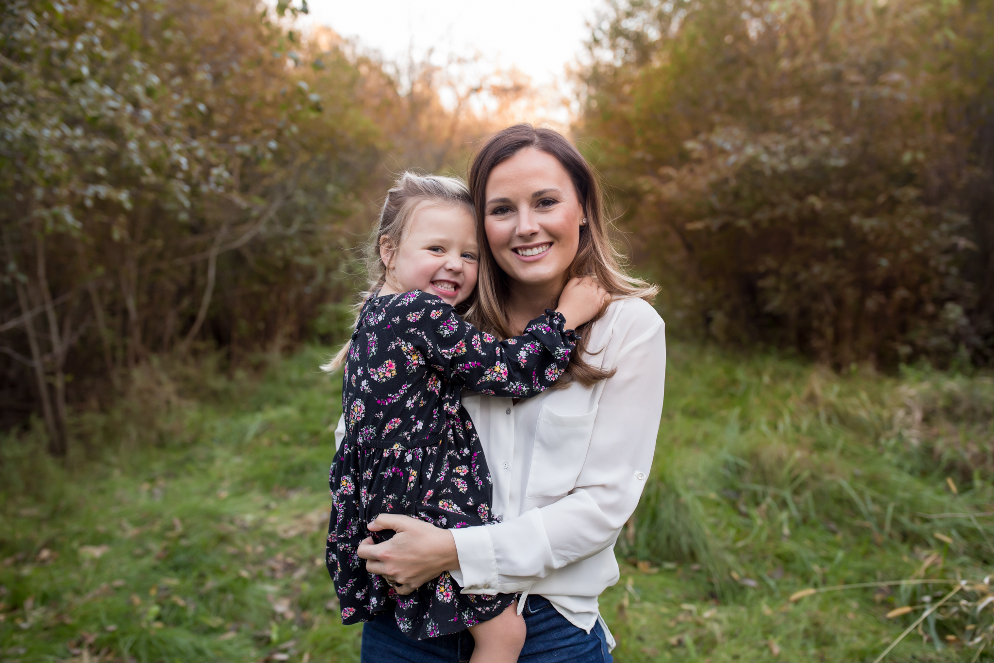 Hailey Family Fall Session, 2 kinds, family poses with young kids, Cara Peterson Photography Rockford IL-16.jpg