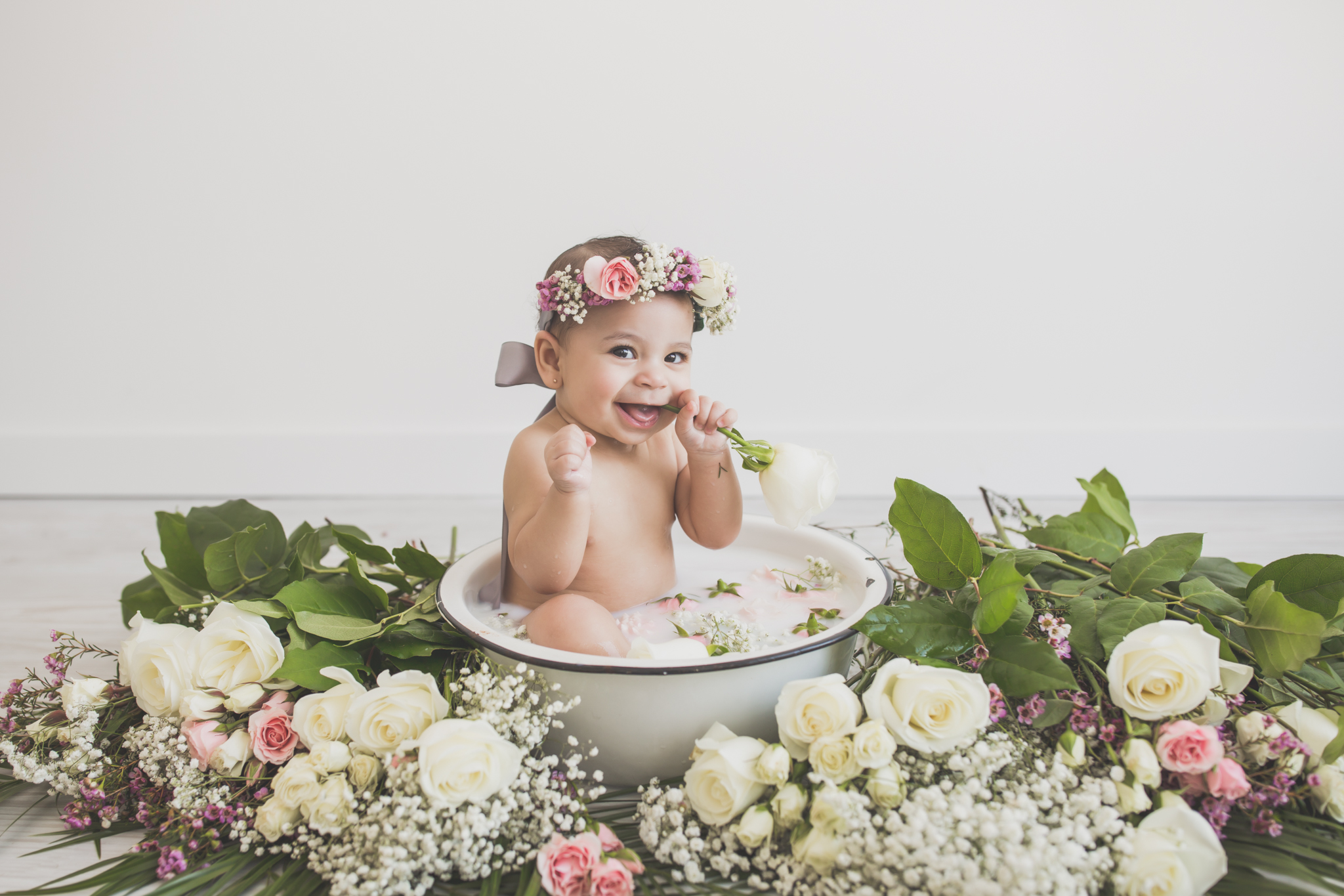 Amaya Milk Bath Session sitter milestone 6 months 7 Cara Peterson Photography Rockford IL -40.jpg