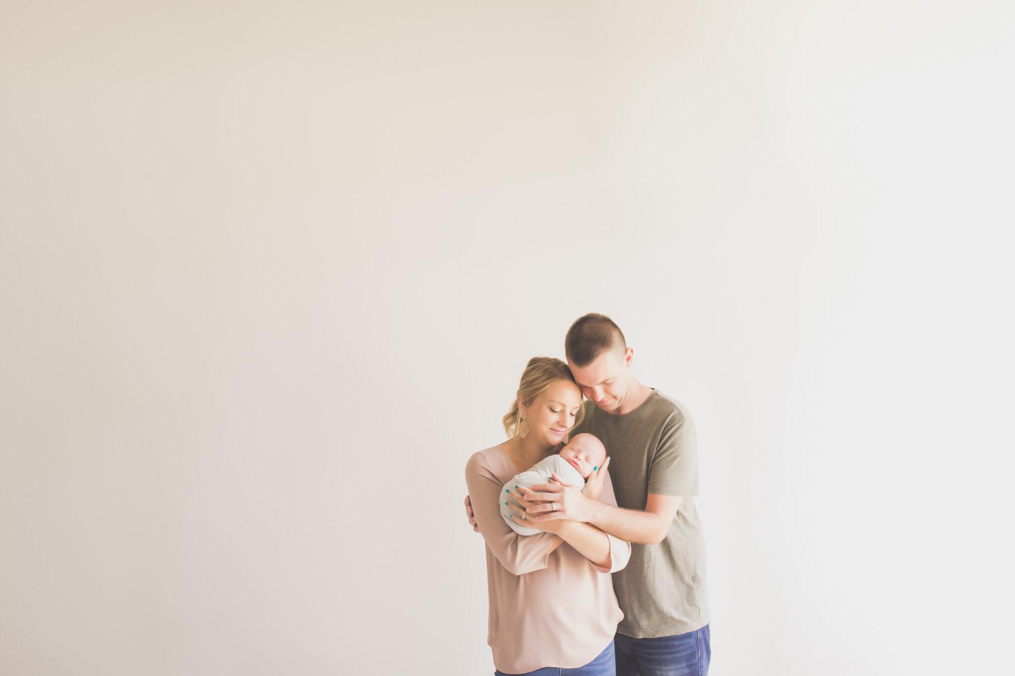 Case Newborn Session Studio Rockford IL  - Cara Peterson Photography 2019  -6.jpg