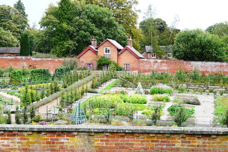 Sugnall Hall & Wall Garden - Sugnall, Eccleshall, Staffordshire, ST21 6NFhttps://sugnall.co.uk