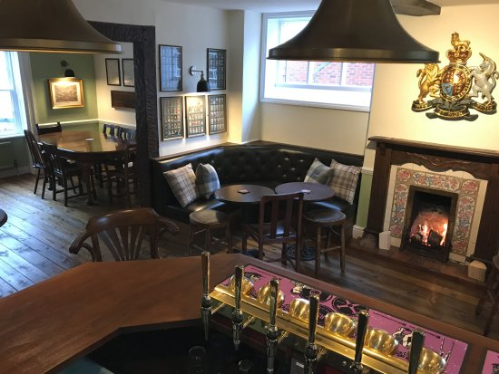 The Kings Arms - Ecclesahll - 17, Stafford Street, Eccleshall, Staffordshire, ST21 6BLhttps://www.kingsarmseccleshall.com
