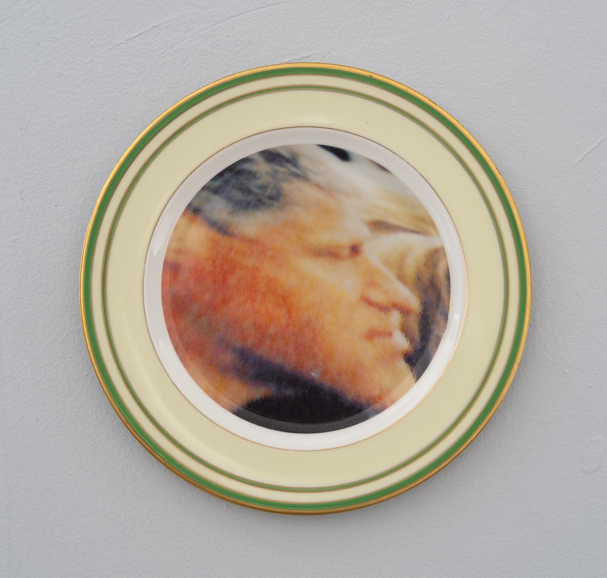 Bean Gilsdorf,  Bill Clinton , 2018, Ceramic plate, 10 inch diameter