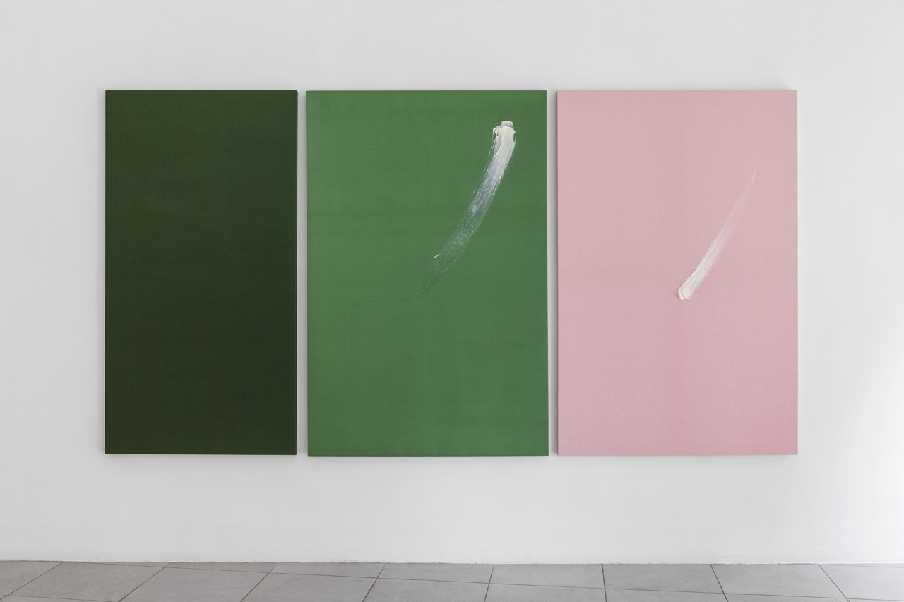 Davide La Montagna,  B8 C3,  2018, green and pink stretched fabric, ointment with essential rose and lavender oils, 150 x 288 cm