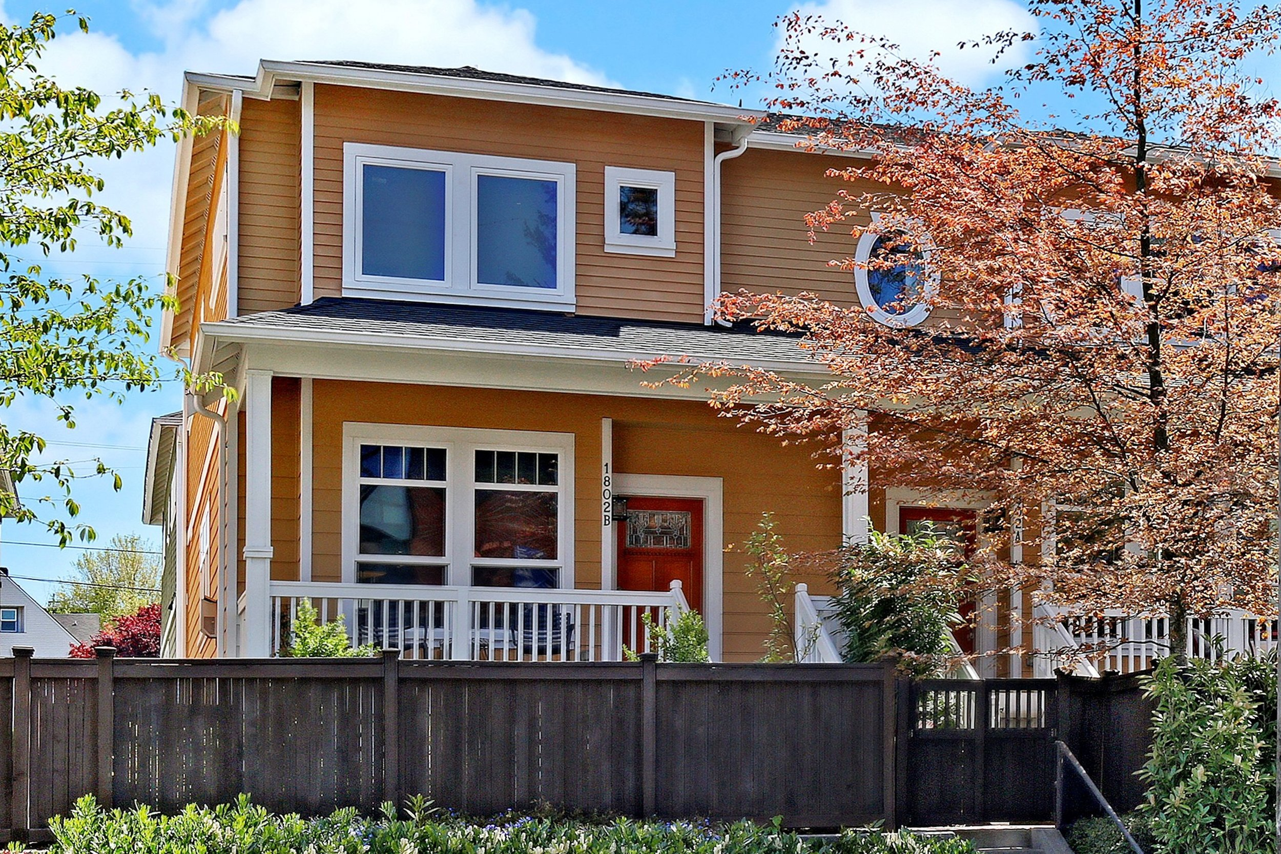 1802 15th Ave Unit B, Seattle | Sold for $894,000