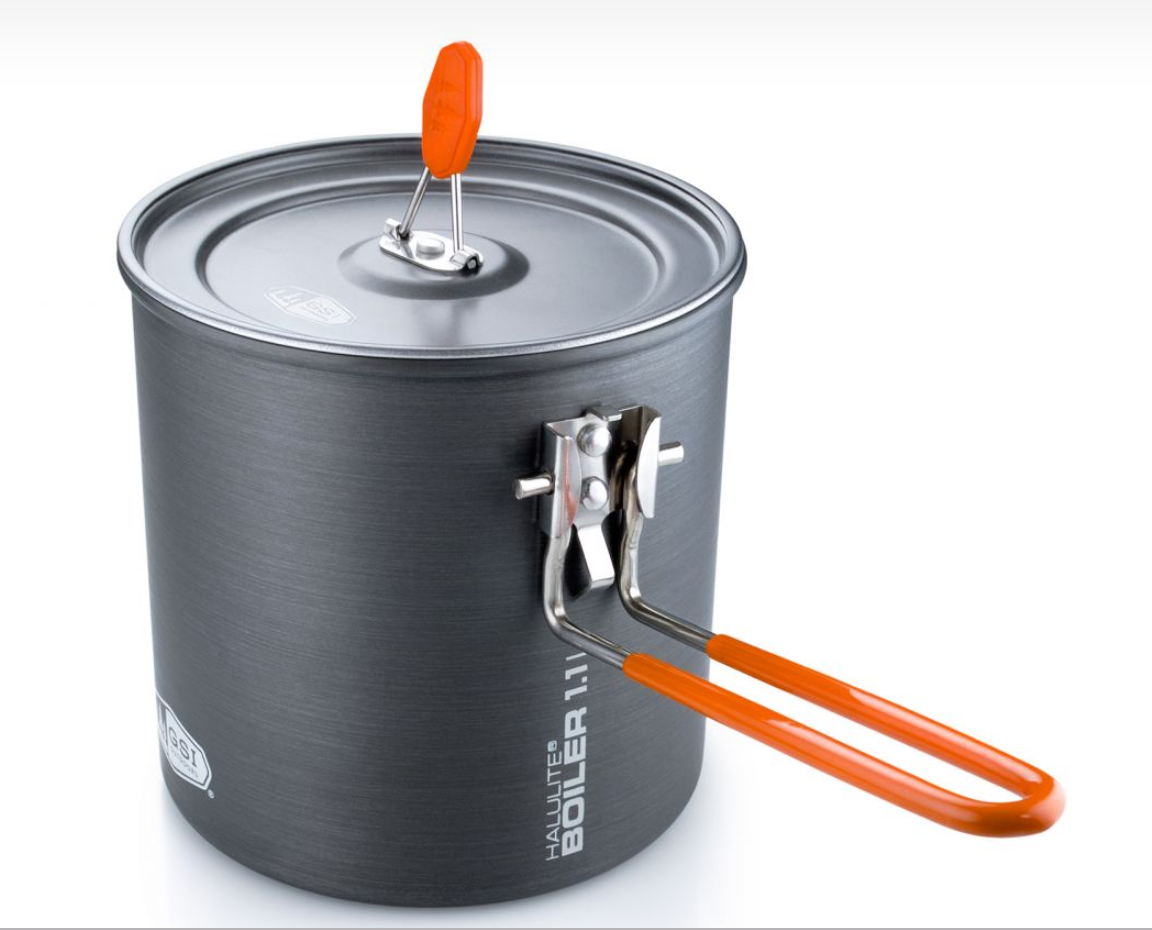 The Halulite 1.1 L cookpot is an anodized aluminum pot with even heat distribution.