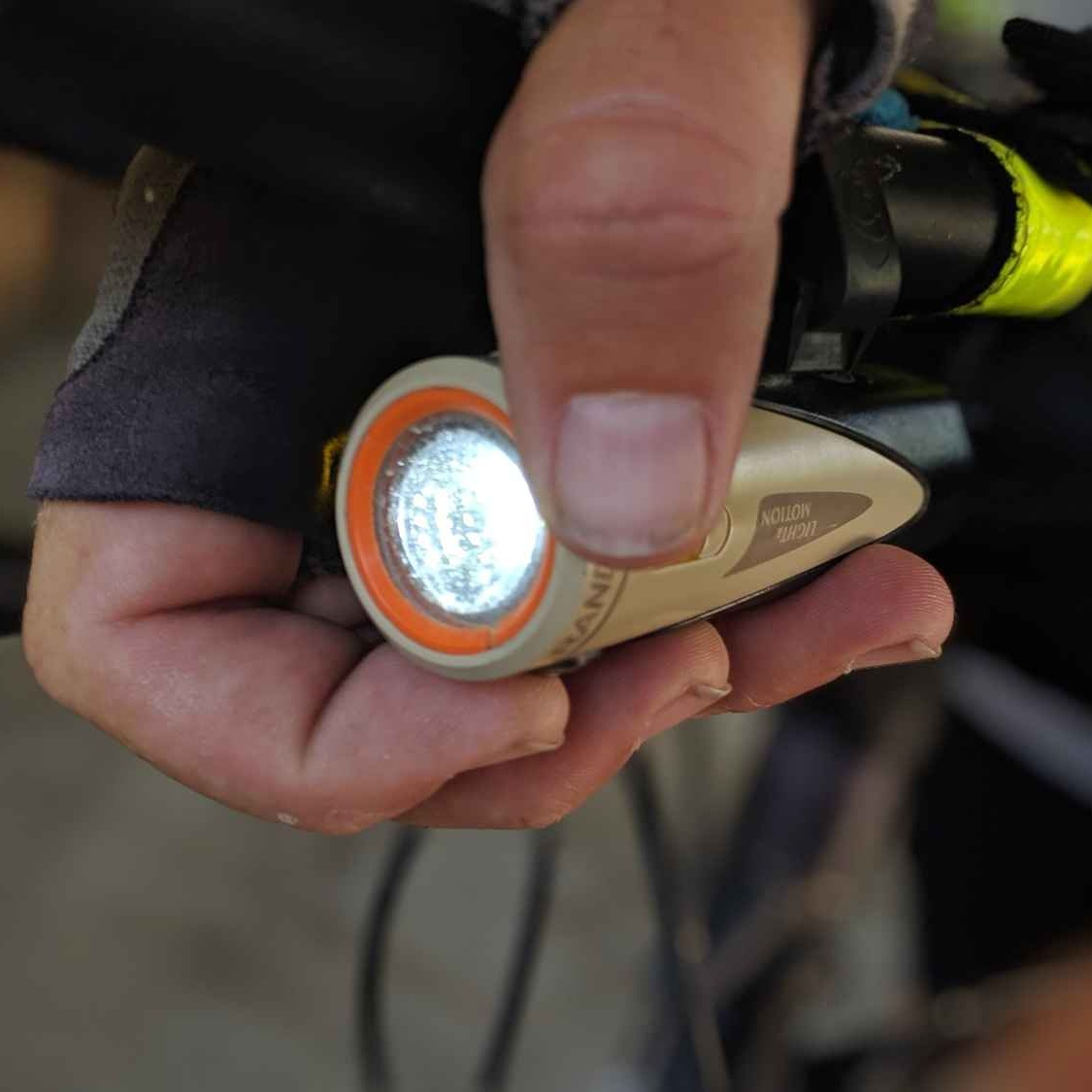 Front Bike Light - Light & Motion Rando 500Read why→