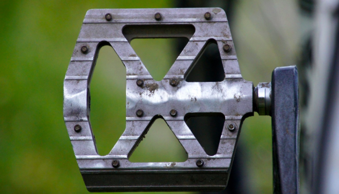 A platform pedal.