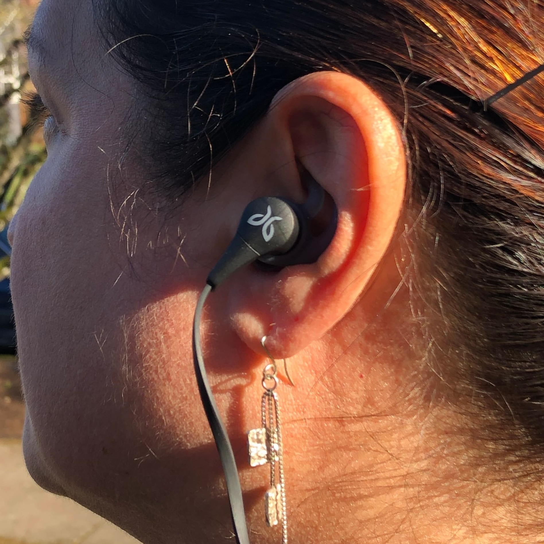 The Best Wireless Earbuds - Jaybird X4Read why→