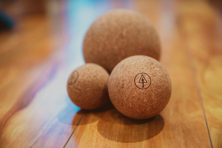 Massage ball - Rawlogy Cork Massage BallRead why→