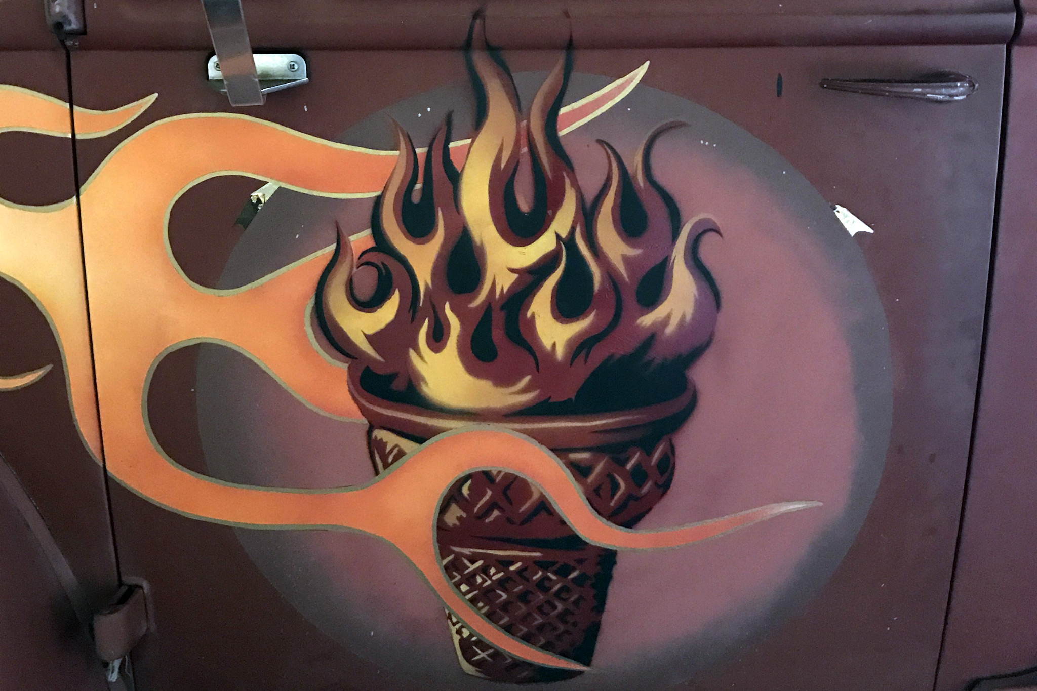 FireAndIceCreamTruckLogo_2048x1365.jpg