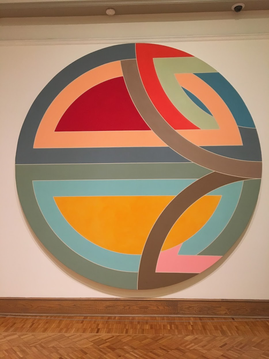 Loved the color combination of this contemporary piece