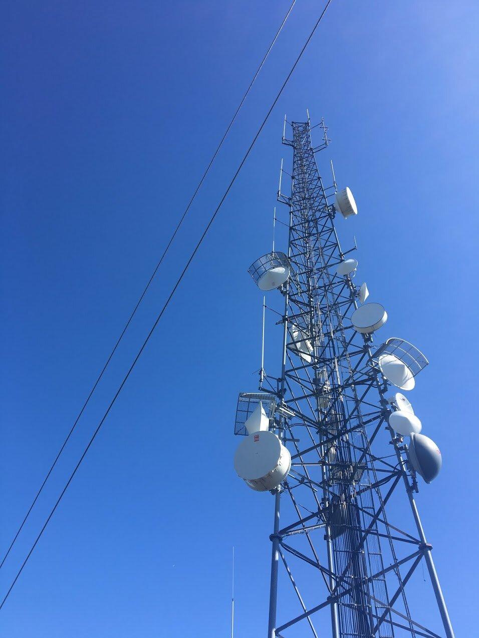 blue-job-mountain-radio-tower.JPG